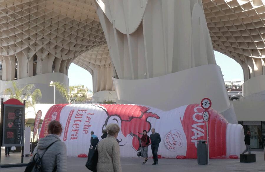 Campaña street marketing: nueva botella de COVAP